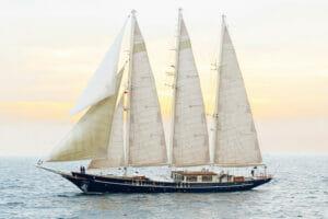 SY Malcom Miller sailing