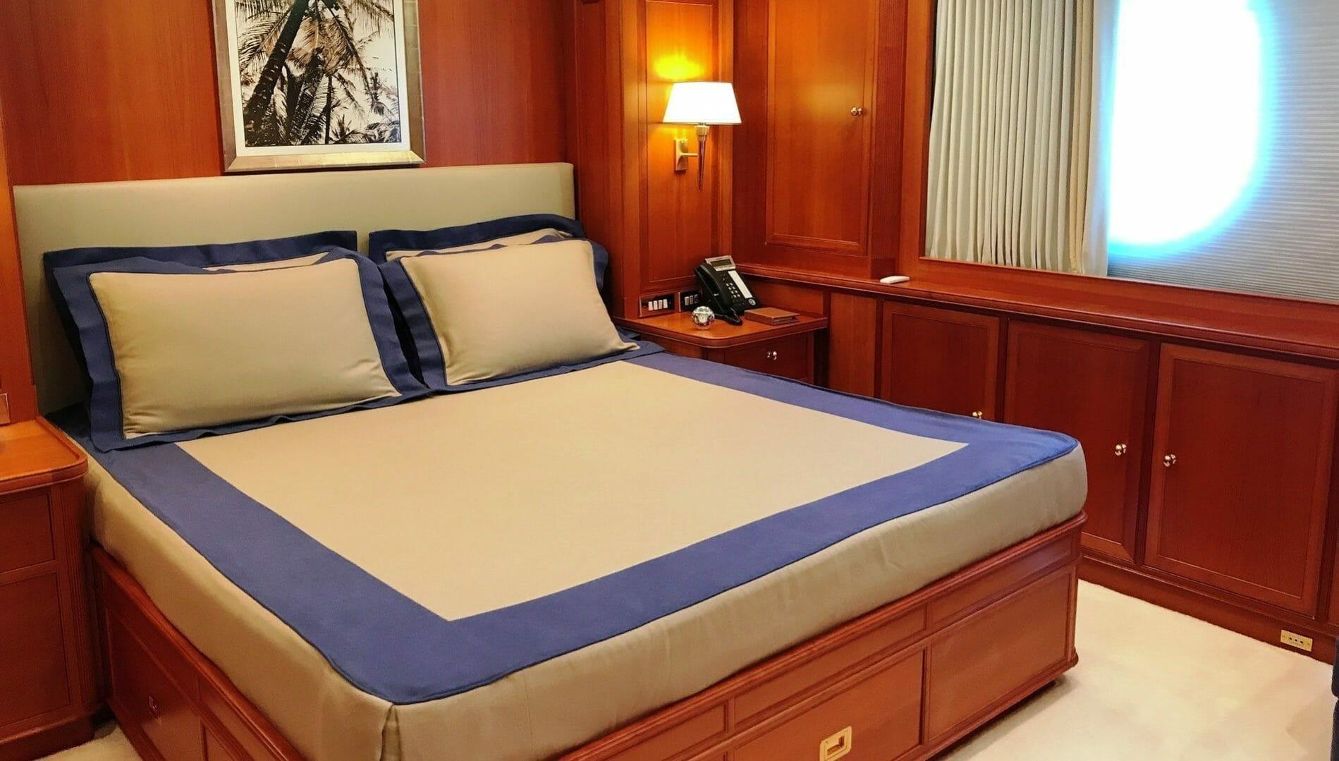 Perini guest double cabin