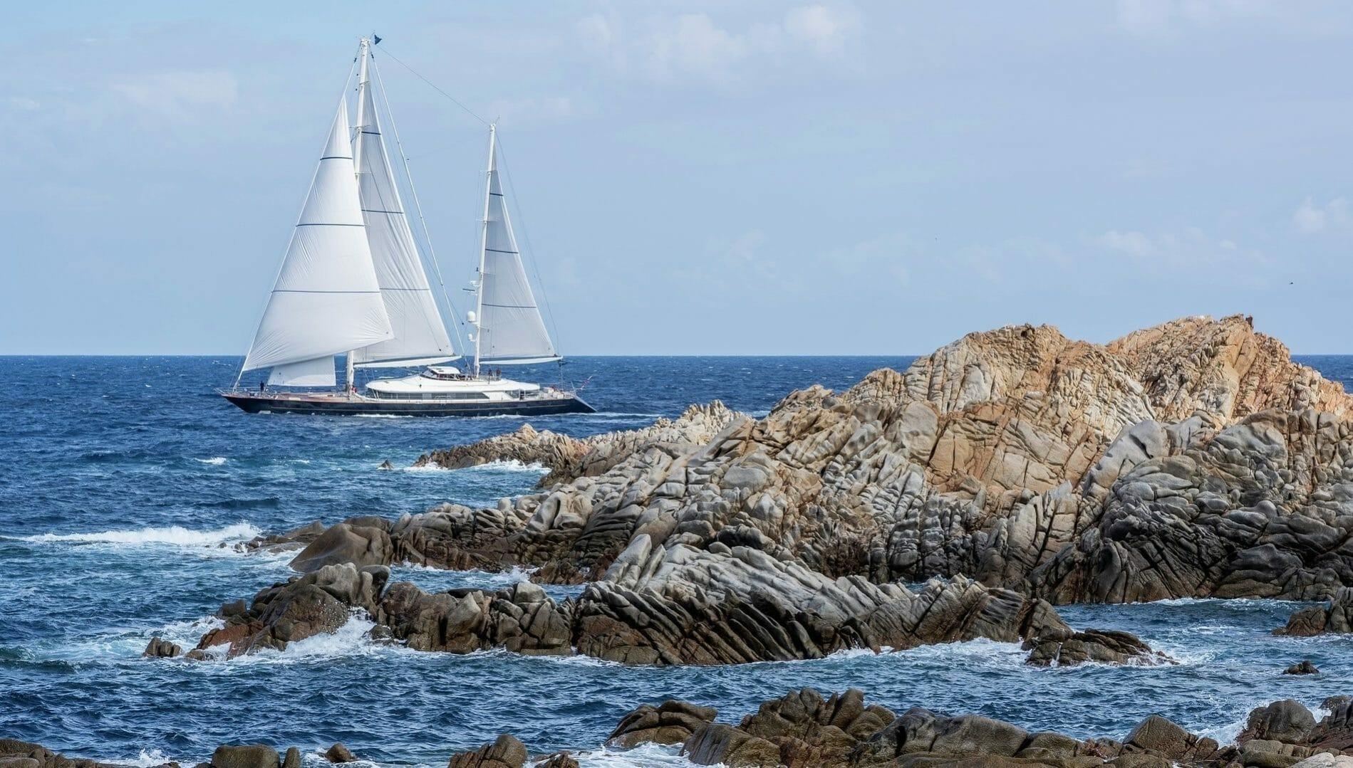 Perini sailing