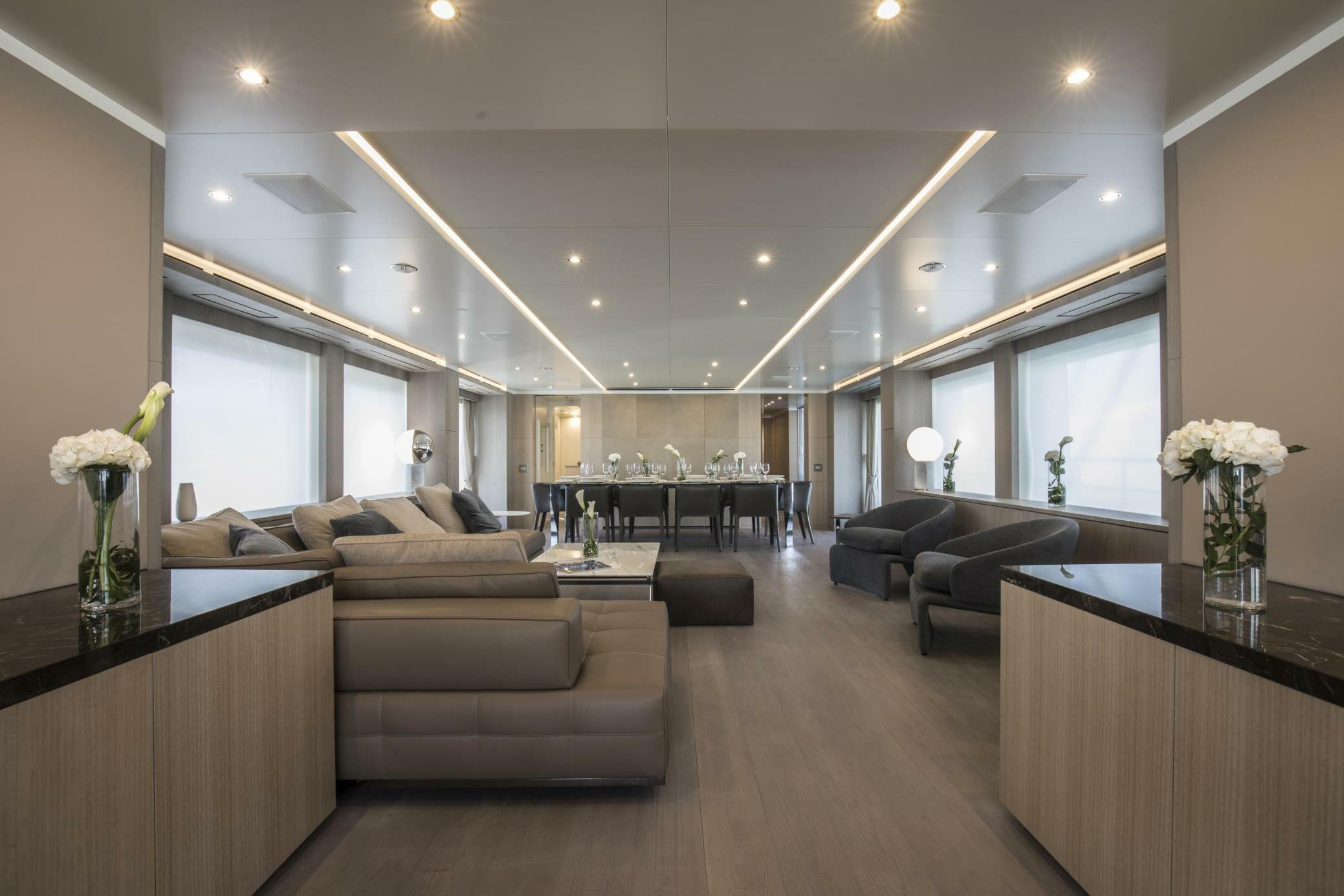My Seven - Living room